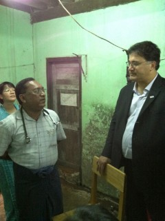 Pablos-Mendez talks with health workers in Burma. Photo credit: Leek Deng.