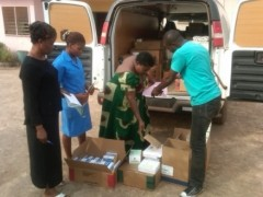 DDIC truck delivering commodities at a rural health facility in Nigeria. Photo credit: USAID | DELIVER PROJECT