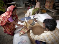 Beneficiaries of food distribution in Bangladesh. Photo credit: Save the Children