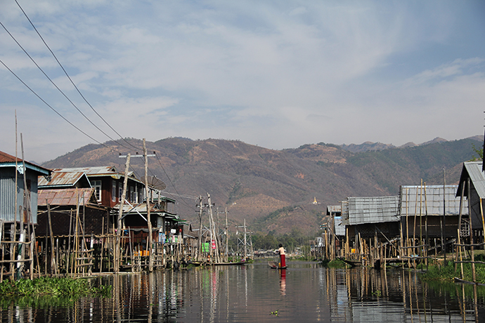 Burma's Inle Lake attracts thousand of tourists each year but its fragile ecosystem is in danger. / Kelly Ramundo, USAID