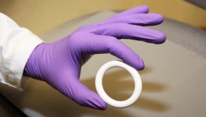 NES/EE vaginal ring. / Julie Sitney