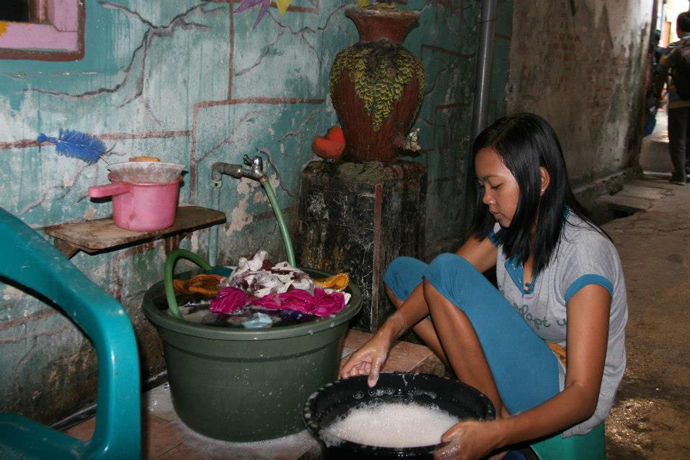 The IUWASH project focuses on providing water, sanitation and hygiene for the urban poor in Indonesia. / USAID/IUWASH