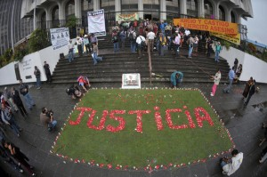 Guatemalan citizens demand justice and truth. / USAID/Guatemala