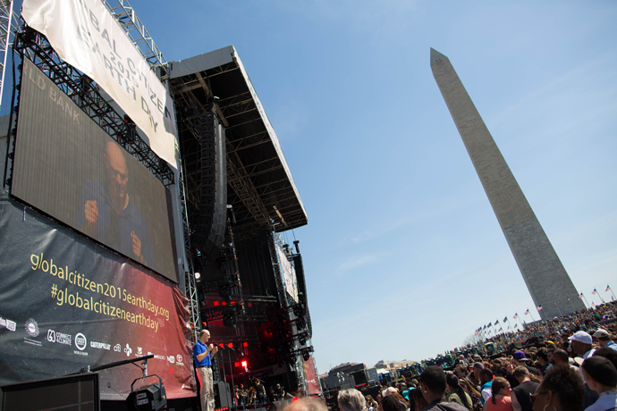 4.18.2015_GlobalCitizenEarthDayConcert_USAID_WashingtonMonument_EllieVanHoutte.USAID-1850