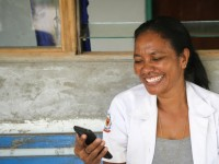 Midwives in Timor-Leste are sharing vital health information with new mothers via mobile phones, while tracking health statistics in real time through the Mobile Moms project. / Catalpa International