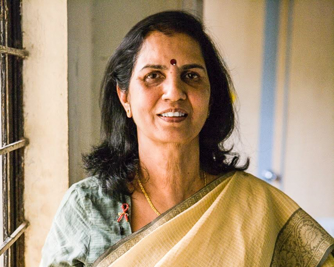 Dr. Suniti Solomon is pictured here in 2008 at the YRG Care Clinic, supported by USAID through the International AIDS Vaccine Initiative, in India. / The Annenberg Foundation