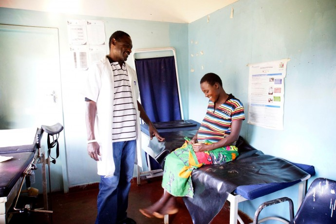 Mwasemphangwe Zonal Rural Health Centre in Zambia offers Basic Emergency Obstetrics and Newborn Care services to its clients. / Anne Jennings, Rabin Martin.