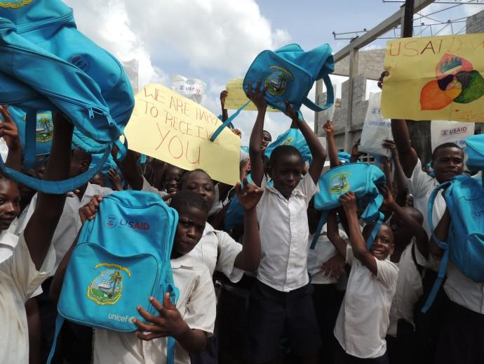 Children at the Lango Lippaye Elementary, Junior and Senior High School in Kakata, Liberia. / Courtney Babcock, USAID