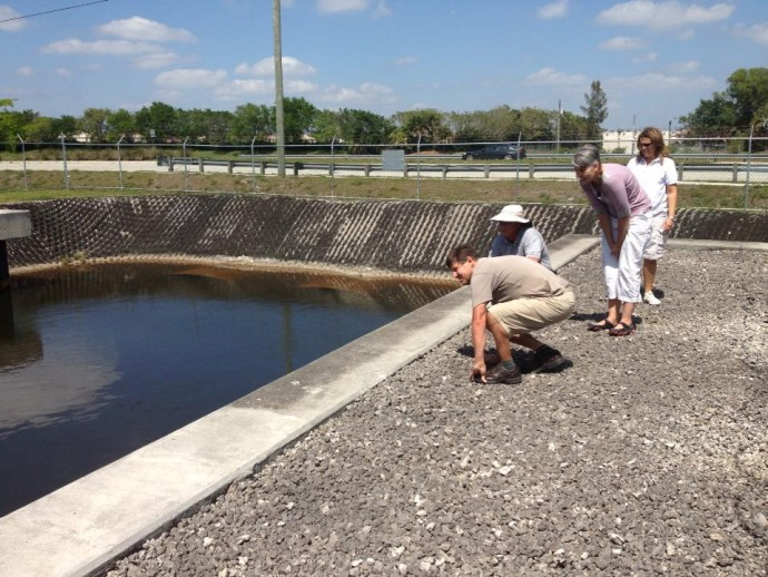 Debra Roberts and Sean O'Donoghue of Durban, South Africa, examine South Broward's water pumping station as part of a knowledge-sharing trip to Florida. / CityLinks