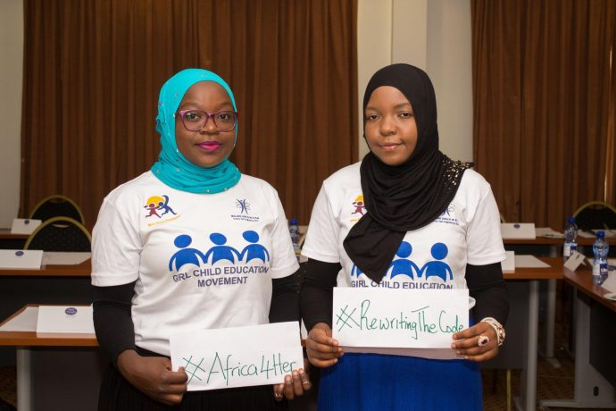 Marriam Larry (left), from Wumi Wumo Foundation and part of the second cohort of USAID's Regional Leadership Centers, and Halima Twabi (right), from Malawi Girls and a 2016 Mandela Washington Fellow. / IREX